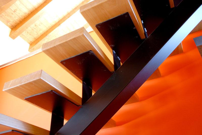 escala estructura metàl·lica