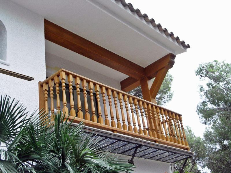 balconera fusta