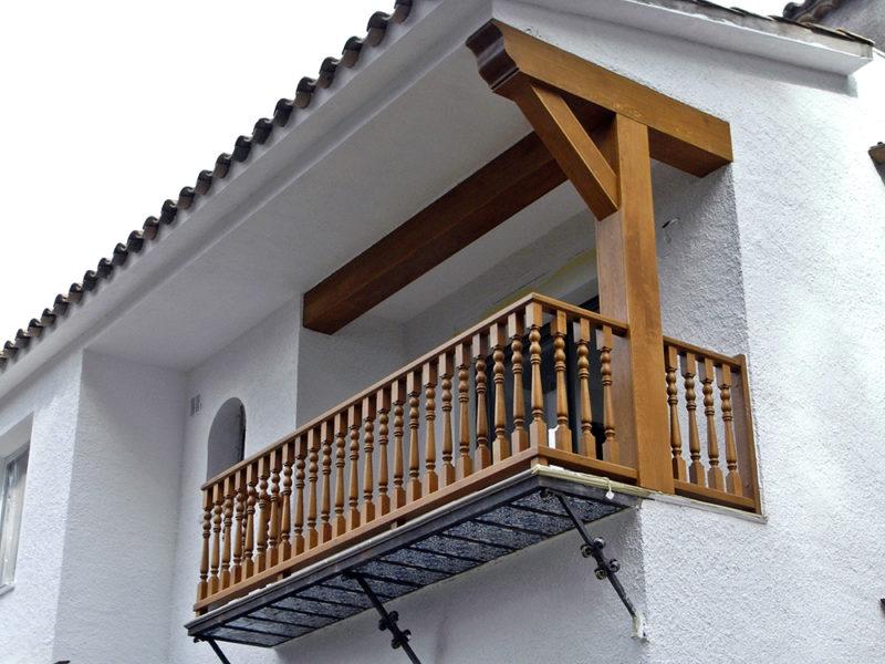 exterior balconera roure